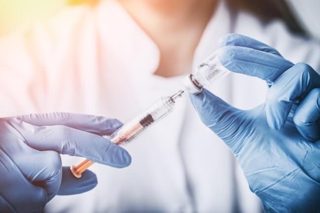 Early results from a small clinical trial of a new personalized cancer vaccine called NEO-PV-01 in advanced melanoma appear promising — and no significant toxicity issues have yet been revealed.